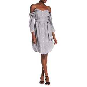 [NWT] ASTR Cold Shoulder Shirt Dress